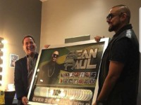 Sean Paul Gets Plaque For Selling 26 Million Records