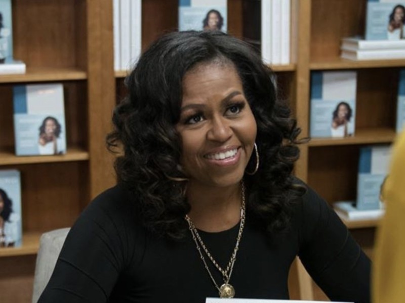 Michelle Obama Wins 'Best Spoken Word Album' Grammy